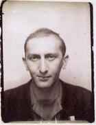 Serge Smulevic, quelques semaines après sa libération, en 1945.