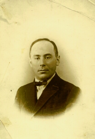 Aron Natanson, in about 1925