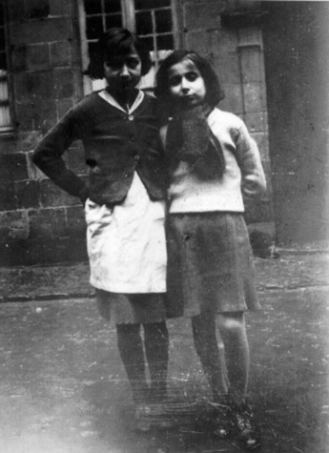 Miryam Natanson and her cousin in Brive