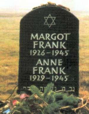 Mounument funéraire à Bergen-Belsen
