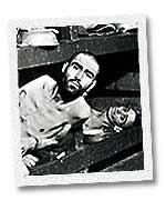Déportés photographiés juste apès la libération du camp.